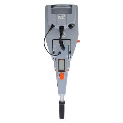 Lleva integrado el ordenador de a bordo con cálculo de distancia y de la autonomía de la batería restante mediante GPS